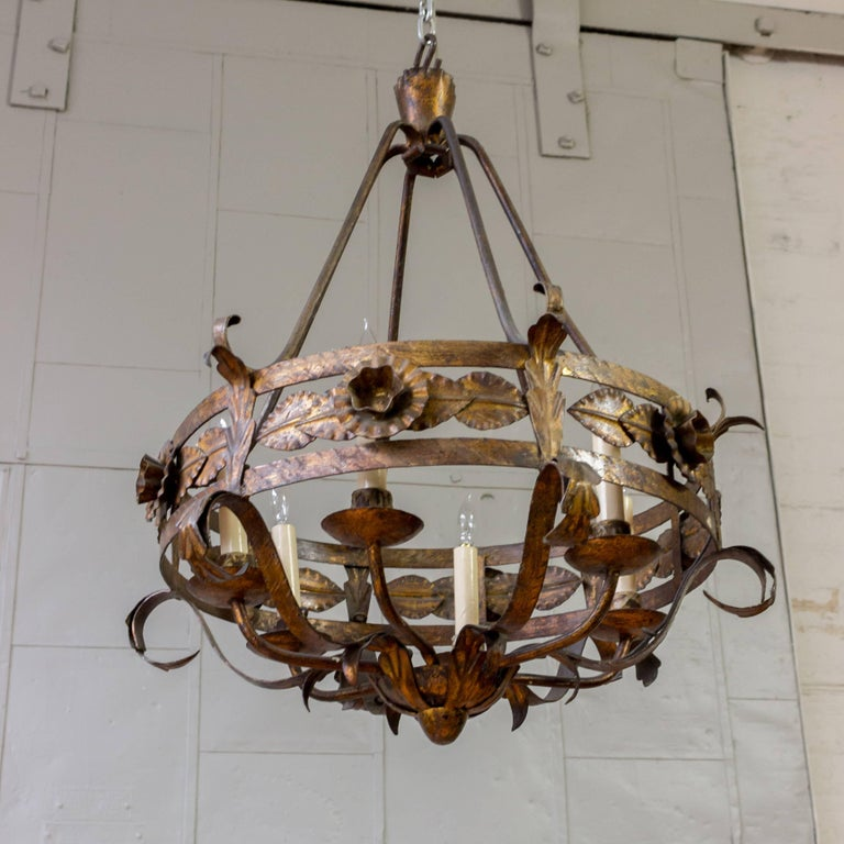 Spanish Gilt Iron Chandelier with Leaf and Floral Decorations For Sale 5