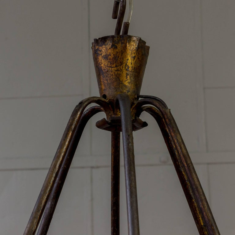 Spanish Gilt Iron Chandelier with Leaf and Floral Decorations For Sale 2