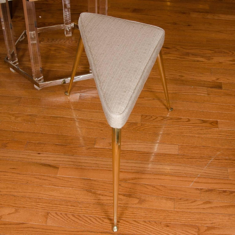 Mid-Century Modern Triangular Splayed Leg Bench For Sale