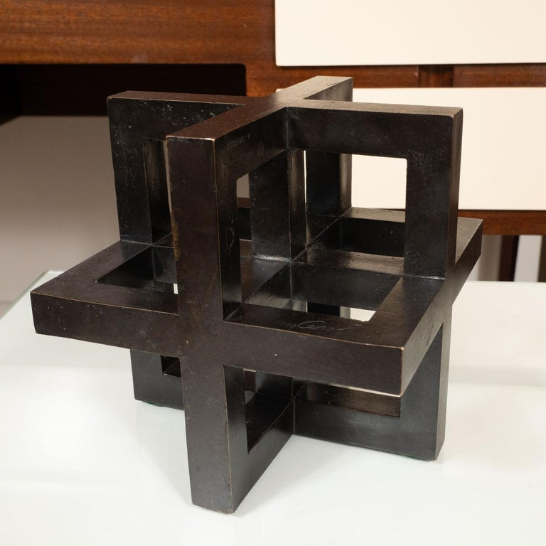 Bronze geometric sculpture by Cerol for Alfa Romeo. Signed 84/300.