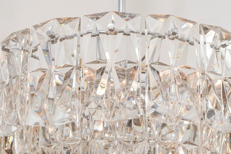 Three-Tier Facet-Cut Crystal Chandeliers In Good Condition For Sale In New York, NY