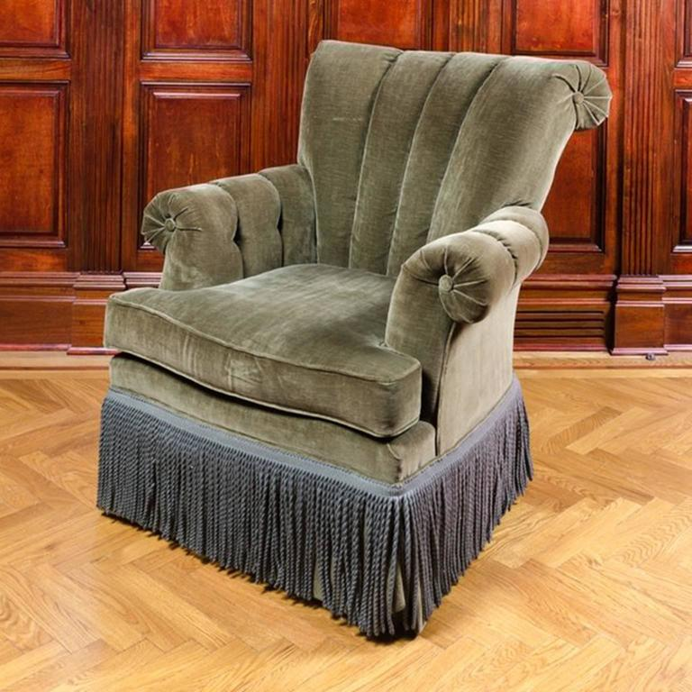 Classic And Comfortable Channel Back Club Chair With