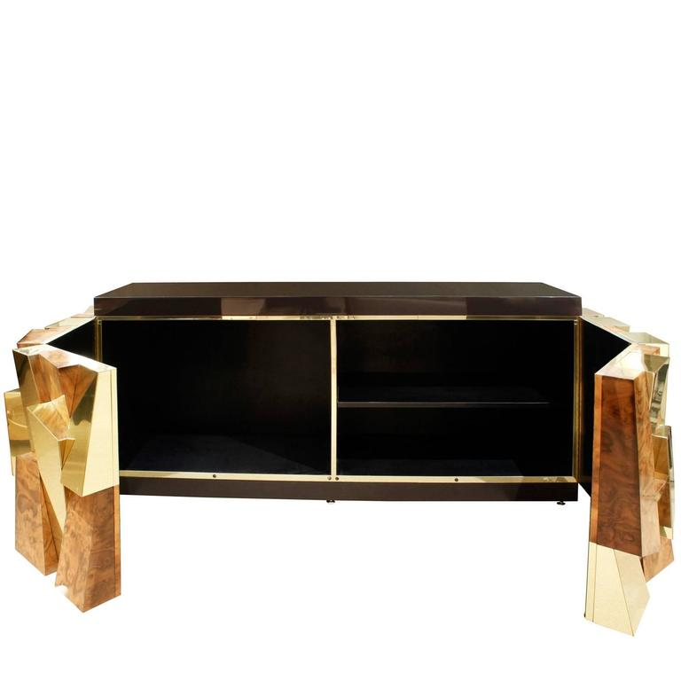 American Paul Evans Faceted Burl and Brass Credenza, 1965 For Sale