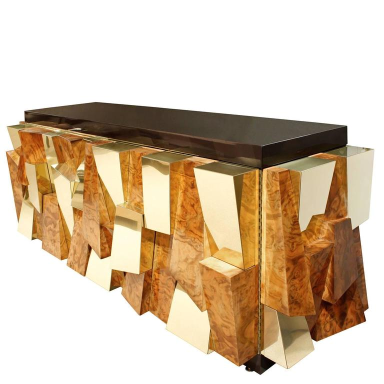 Exceptional credenza model PE-366, faceted in walnut burl and brass with brown fiberglass top, by Paul Evans for Directional Furniture, American 1965. This is an exceptional and iconic example of Paul Evans' work.  The model number PE-366 and date