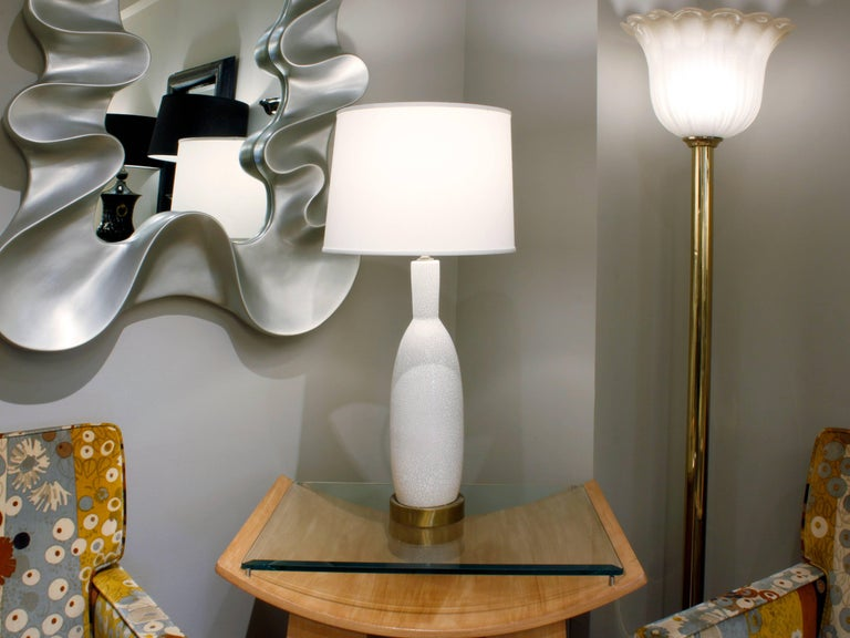 Large White Porcelain Table Lamp with Craquele Glaze, 1960s In Excellent Condition For Sale In New York, NY