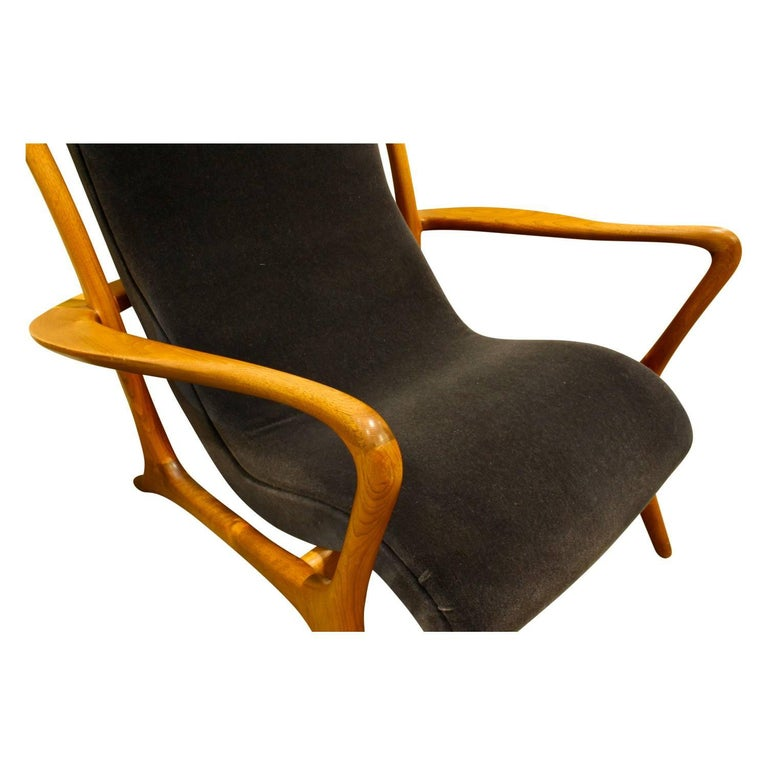 Vladimir Kagan Sculpted Contour Chair, 1950s In Excellent Condition For Sale In New York, NY
