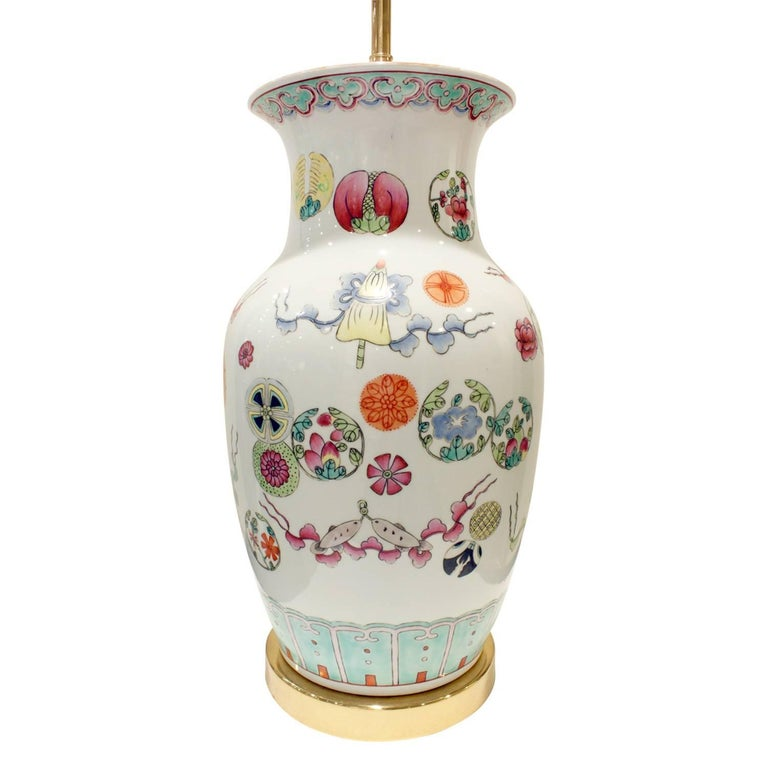 Elegant Hand-Painted Porcelain Table Lamp, 1960s In Excellent Condition For Sale In New York, NY