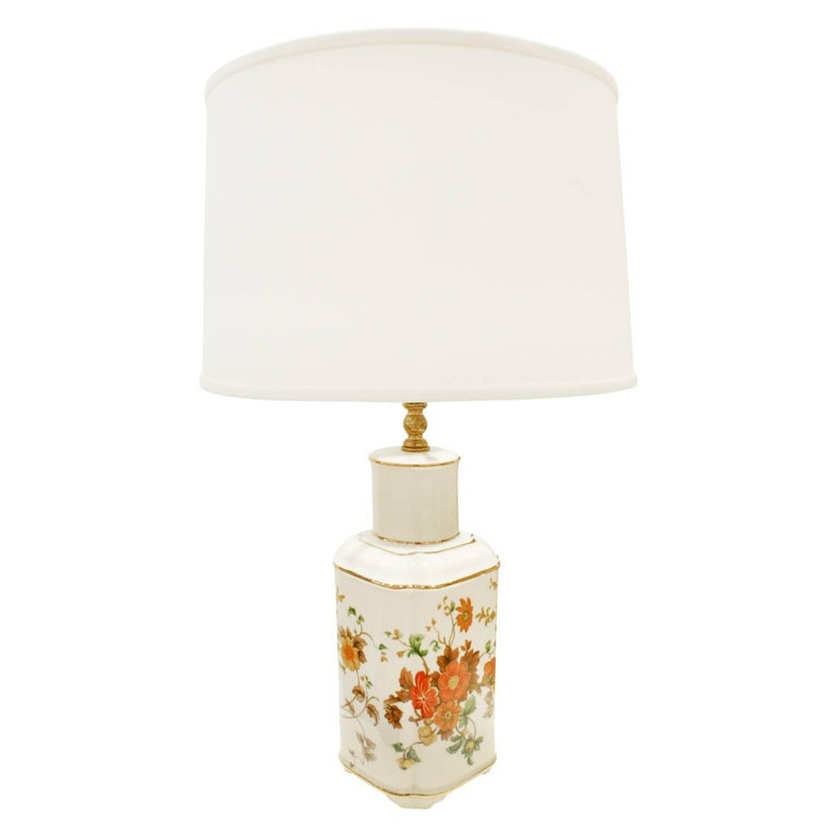 Small artisan porcelain table lamp with hand-painted flowers and gold accents, American 1960s (signed on bottom in gold