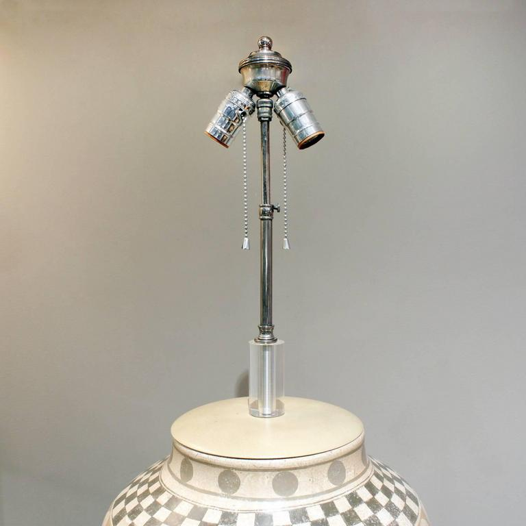 Large ceramic table lamp with hand-applied geometric decoration on a thick Lucite base by Trattoria G., Italy, 1970s (signed on base and side).