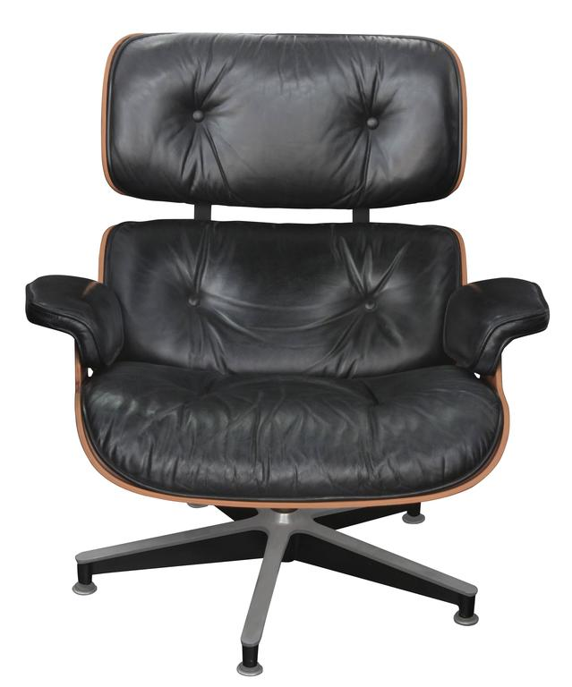 Iconic Lounge Chair and Ottoman by Charles and Ray Eames for Herman Miller 3