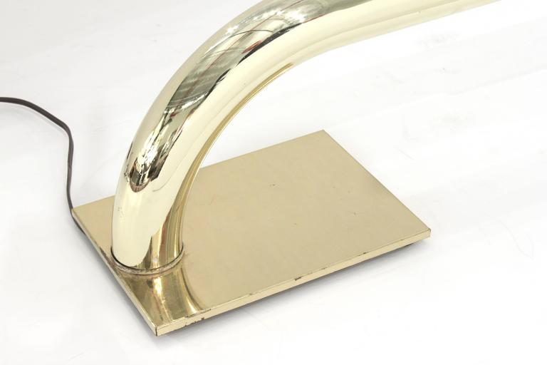 Chic Tubular Brass Desk Lamp  In Excellent Condition For Sale In New York, NY