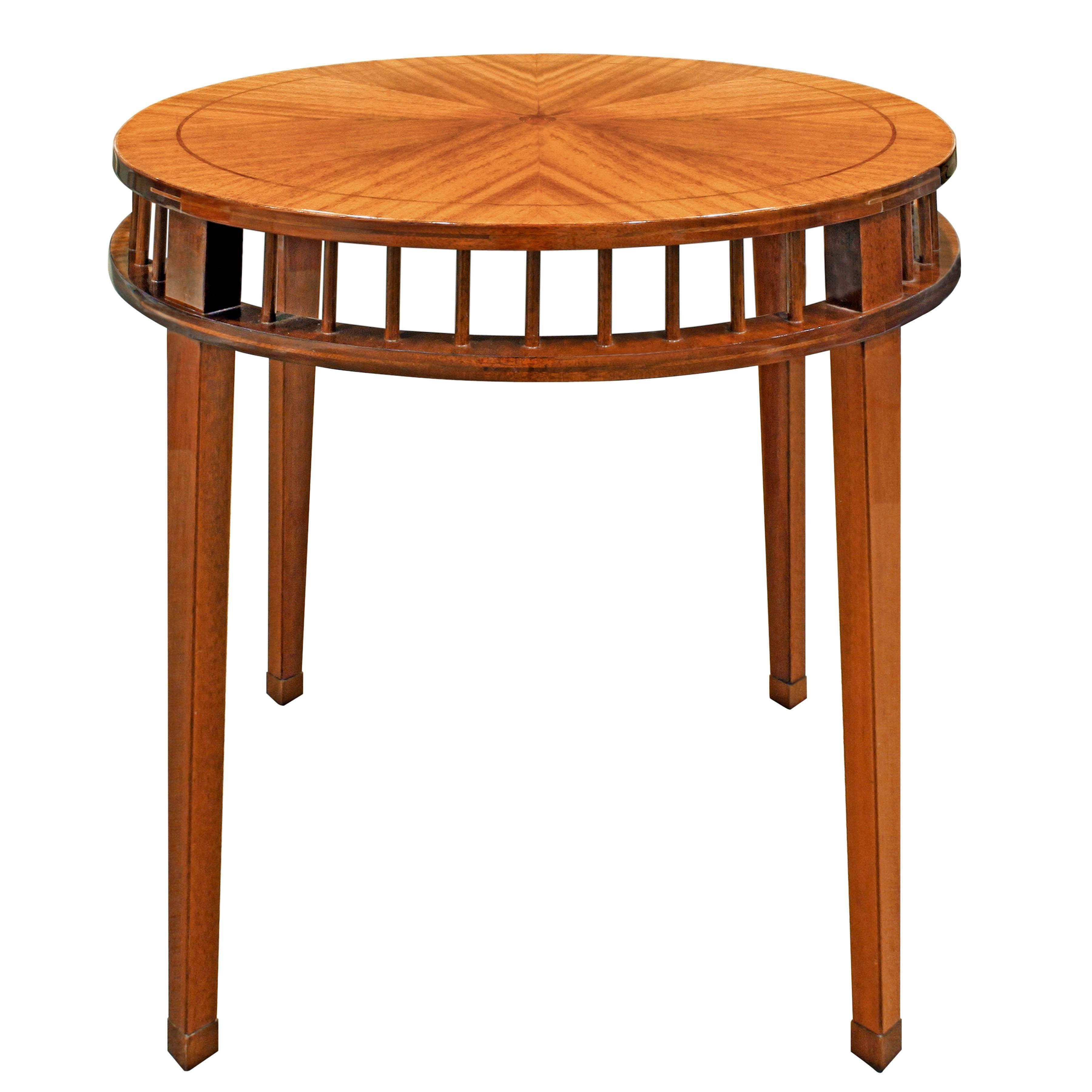 Shelton-Mindel Round Mahogany Side Table 1990s