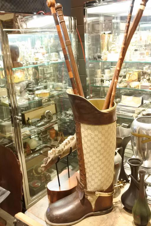 Italian Rare and Incredible Gucci Store Umbrella Stand For Sale