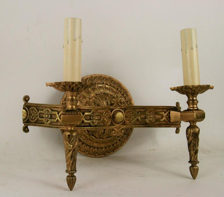 Pair of Italian Bronze Sconces(2 pair available) In Excellent Condition For Sale In Douglas Manor, NY