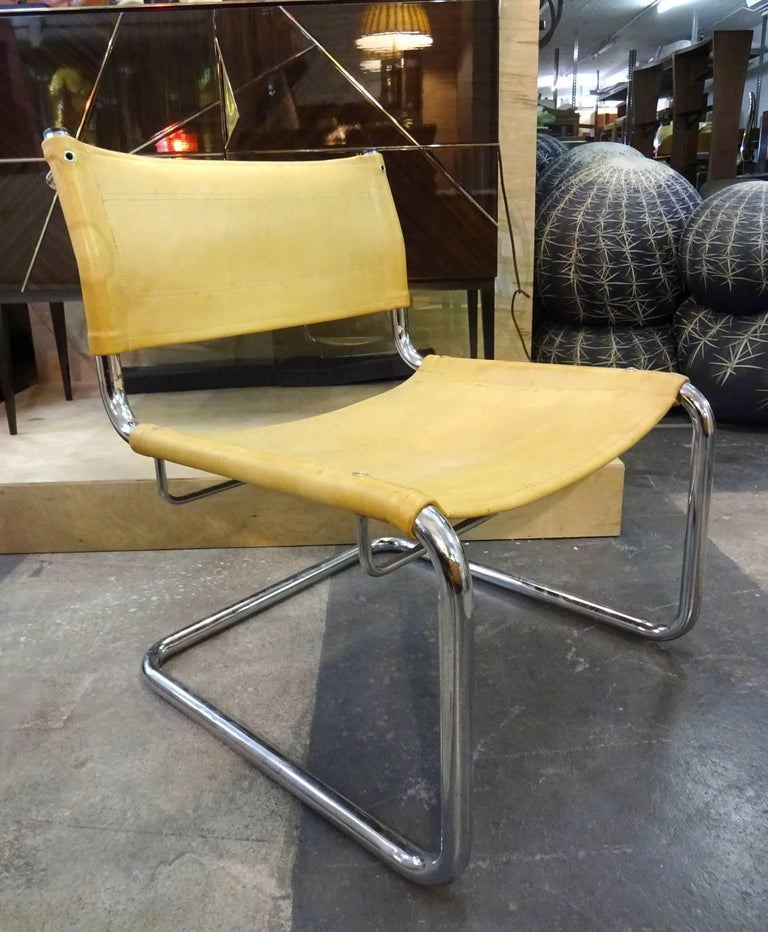 Bauhaus Pair of Leather Tubular Chairs  For Sale
