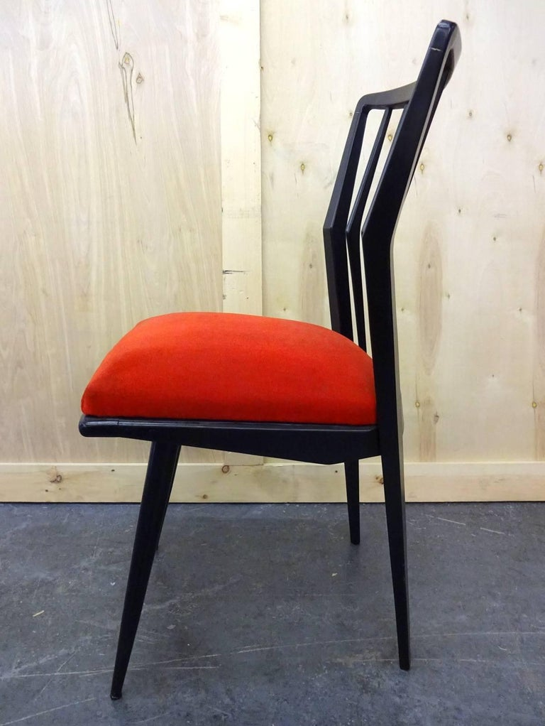 Chairs located in Brooklyn