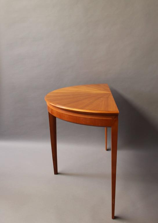 Fine French 1950s Cherry Round Dining Table Divisible In