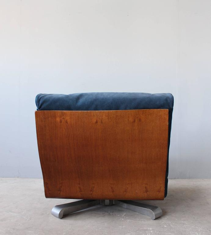 4 French 1970s Swivel Lounge Chairs For Sale 2