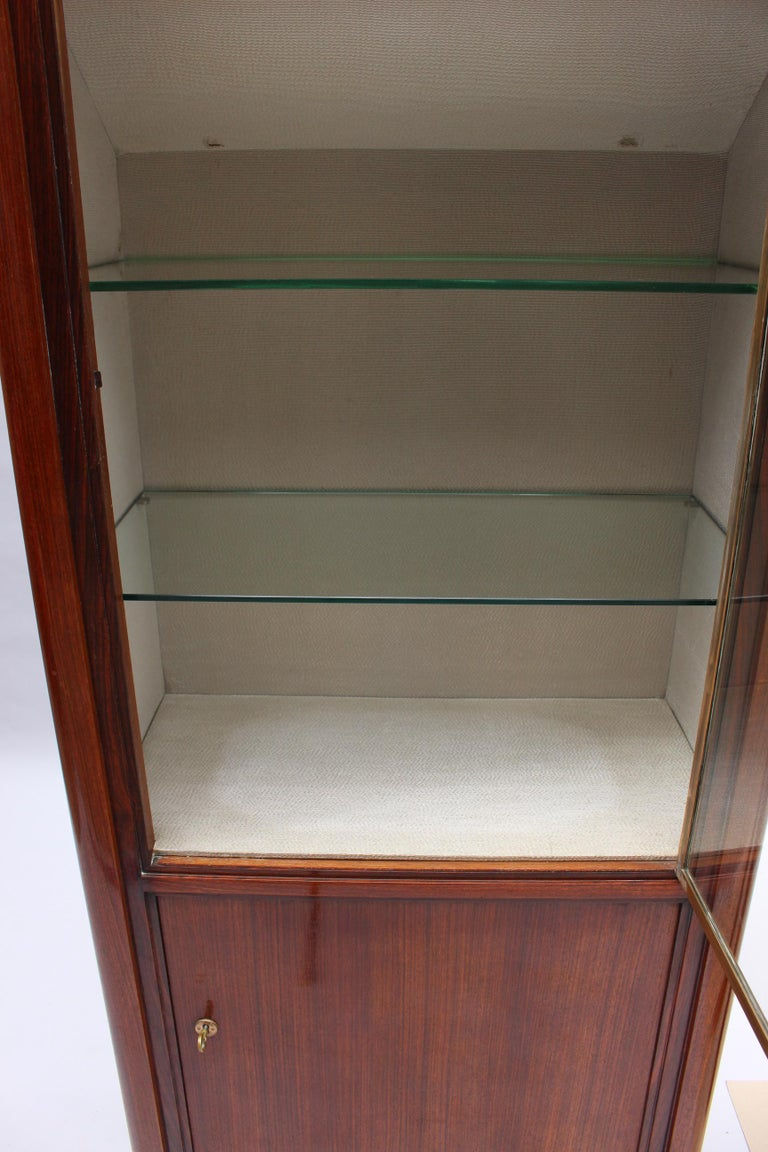 Fine French Art Deco Rosewood Vitrine by Maxime Old For Sale 7