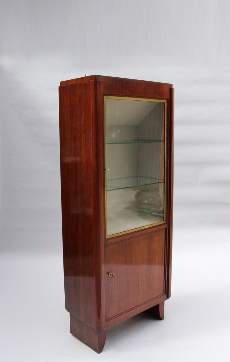 Fine French Art Deco Rosewood Vitrine by Maxime Old In Good Condition For Sale In Long Island City, NY