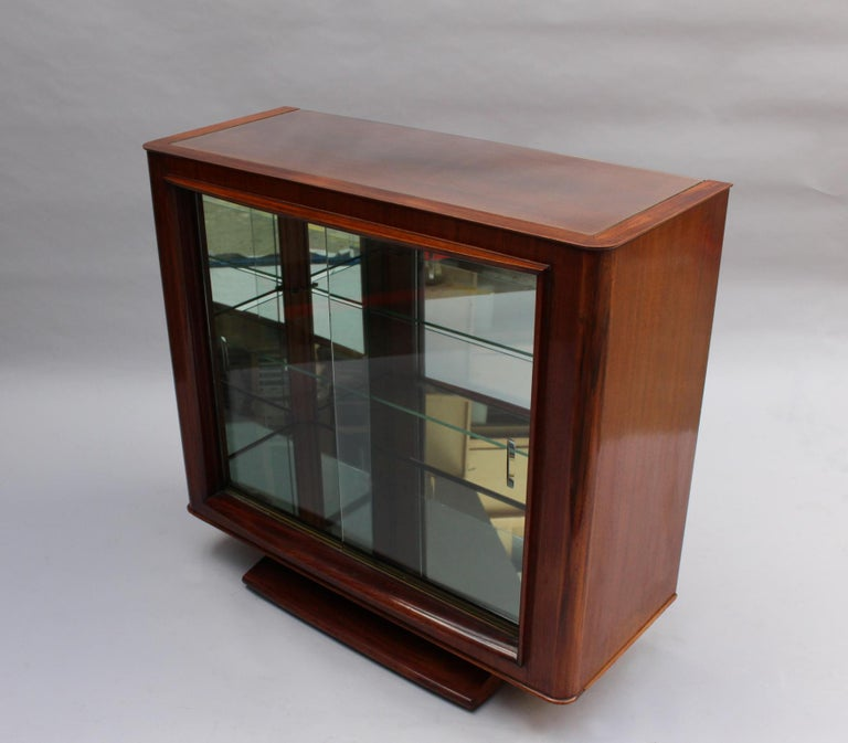 Fine French Art Deco Rosewood Vitrine by Maxime Old For Sale 10