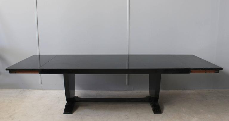A Fine French Art Deco Black Lacquered Dining Table In Good Condition In Long Island City, NY
