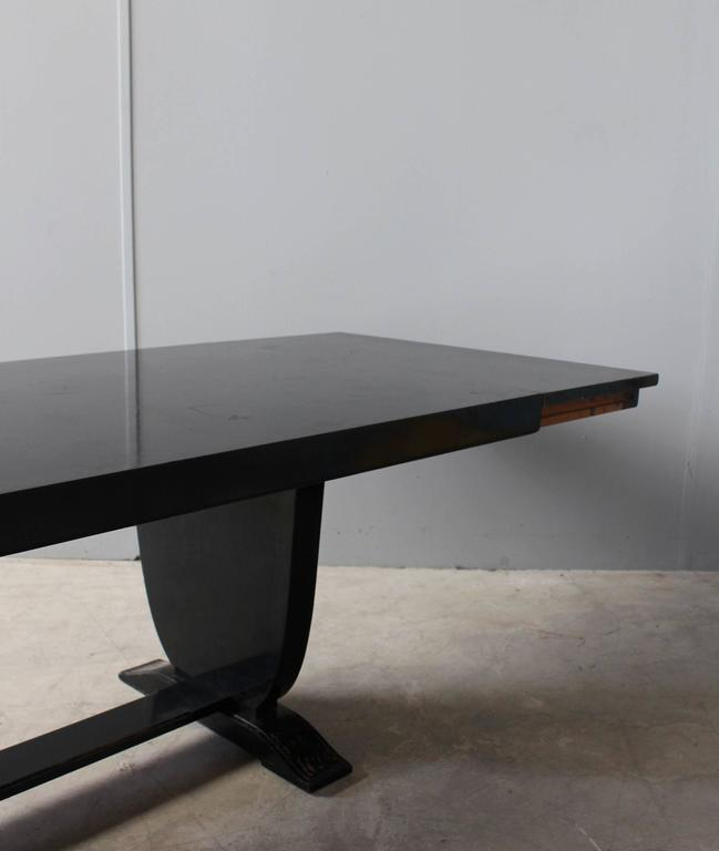 A Fine French Art Deco Black Lacquered Dining Table 4