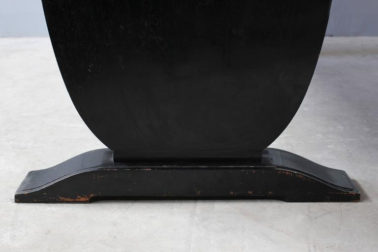 A Fine French Art Deco Black Lacquered Dining Table 7