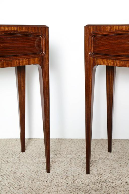 Mid-20th Century Pair of Elegant Nightstands by Paolo Buffa For Sale