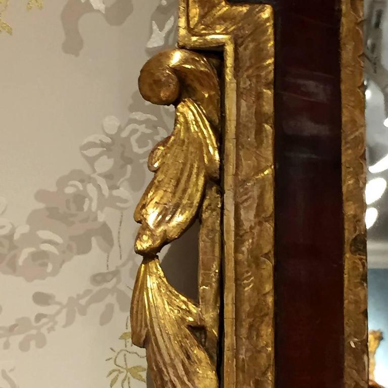 18th Century English Georgian Mahogany and Gilt Mirror 4