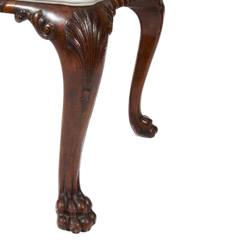 George III Carved Walnut Stool with Upholstered Seat In Excellent Condition For Sale In New York, NY