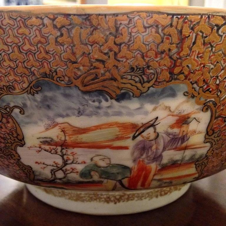 Chinese Export Qing Qianlong Famille Rose Medallion Porcelain Bowl For Sale 1
