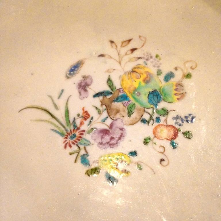 Chinese Export Qing Qianlong Famille Rose Medallion Porcelain Bowl For Sale 3