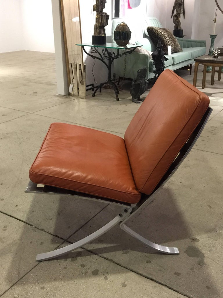 Pair of Mid-Century Modern Chairs with Steel Base In Excellent Condition For Sale In North Miami, FL