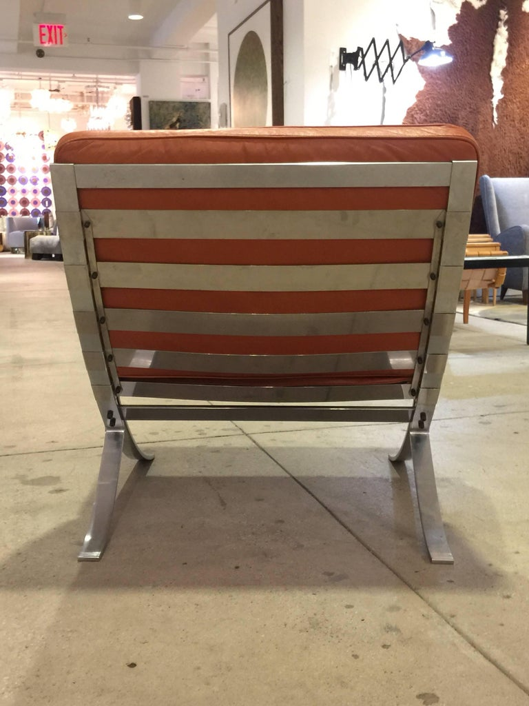 Pair of Mid-Century Modern Chairs with Steel Base For Sale 1