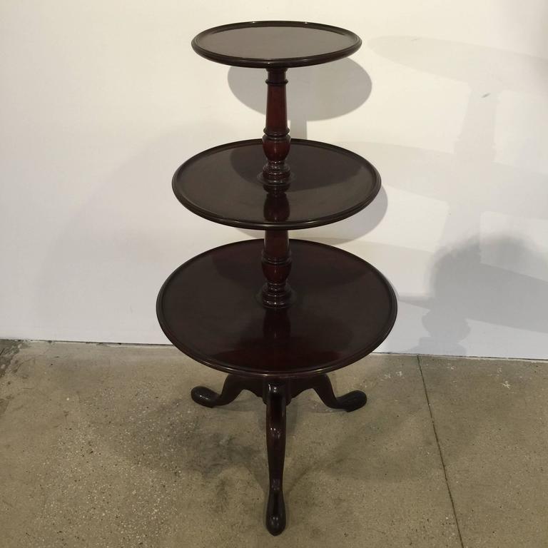 A Georgian English three-tier table