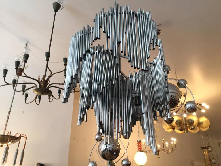 Italian High Style 1970s Sculptural Chandelier For Sale 1