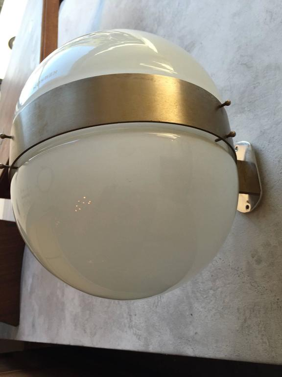 Large Pair of Sergio Mazza Clio 1970s Italian Wall Lights In Excellent Condition For Sale In New York, NY
