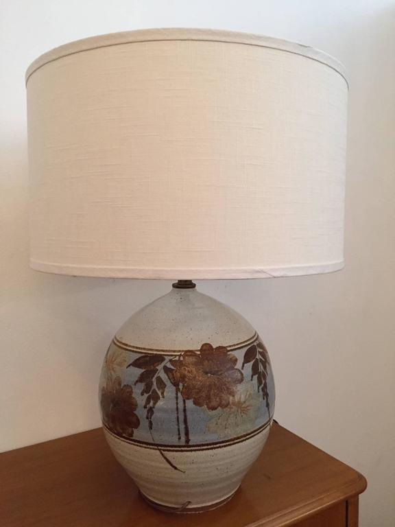 Pair of California Art Pottery 1970s Table Lamps In Excellent Condition For Sale In New York, NY