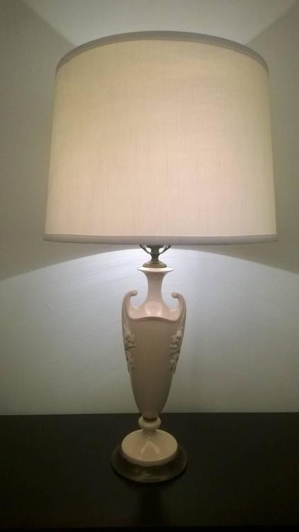American Pair of 1930 Art Deco Lenox China Table Lamps For Sale