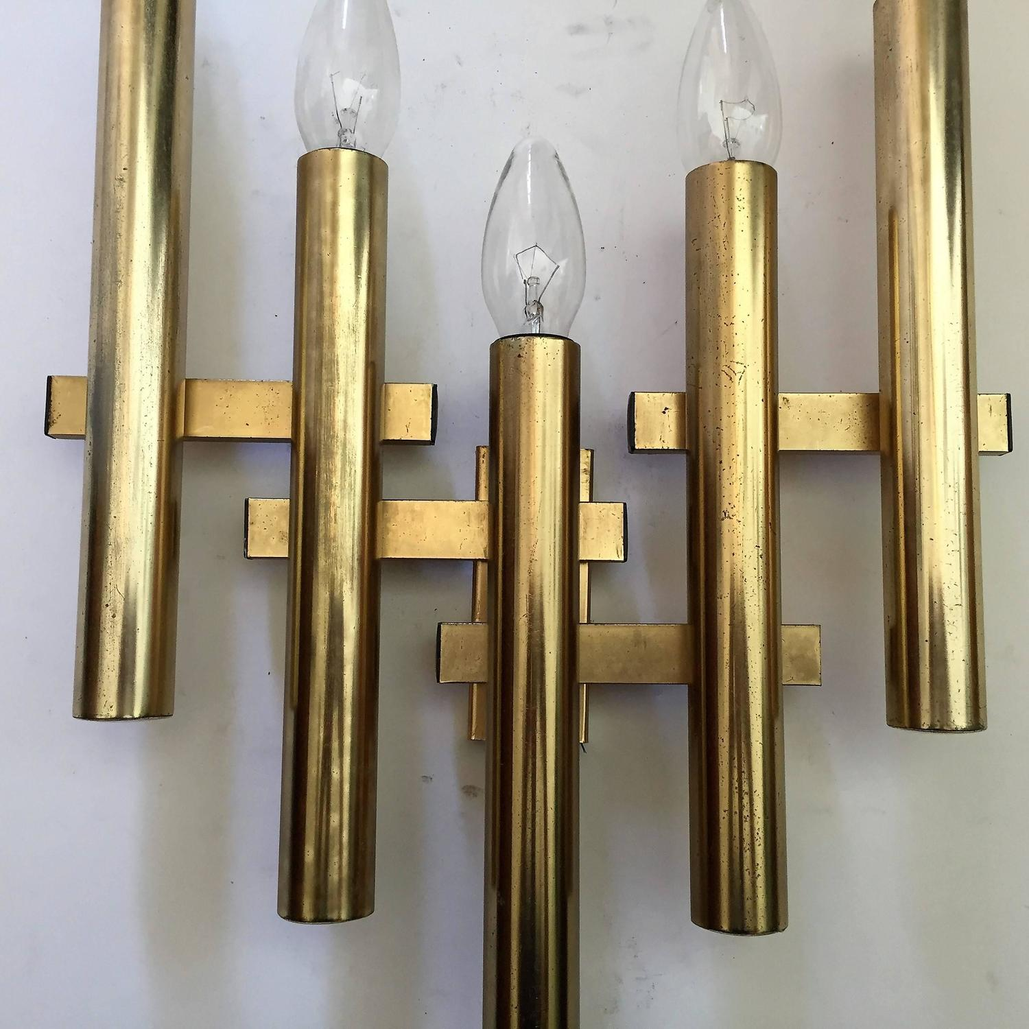 Large Pair of Italian Sciolari Brass Wall Lights For Sale at 1stdibs