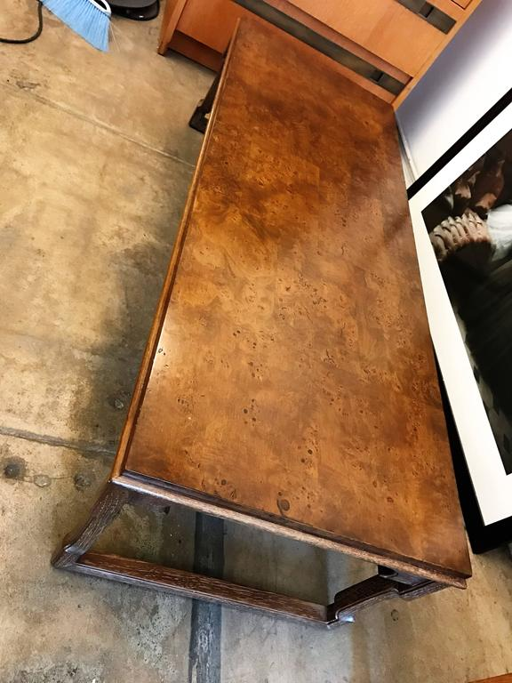 Tomlinson American 1960s Walnut Coffee Table In Excellent Condition For Sale In New York, NY