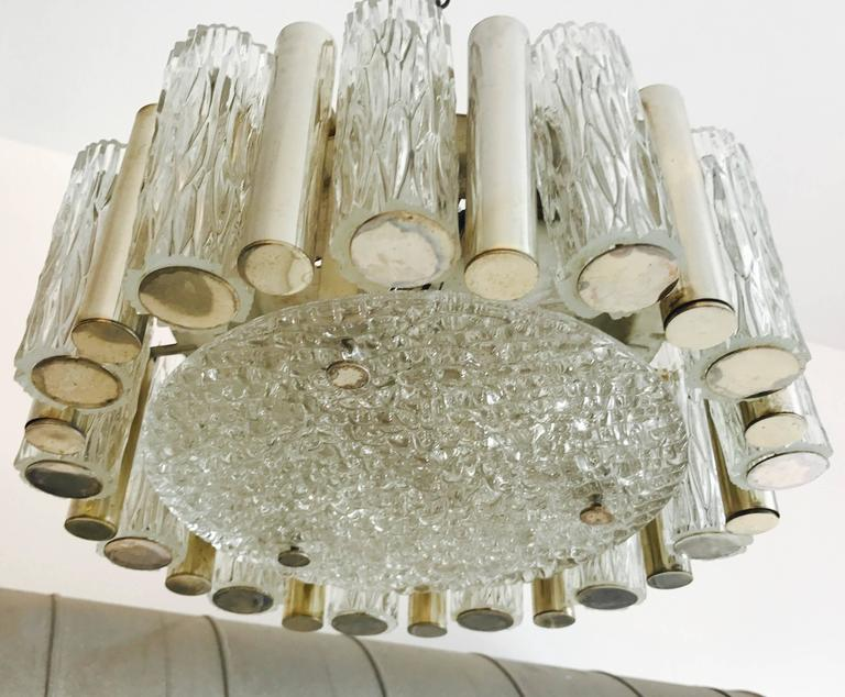 A wonderful 1960s textured glass and aged polished brass flush ceiling or hanging pendant by Kaiser. Newly rewired.
