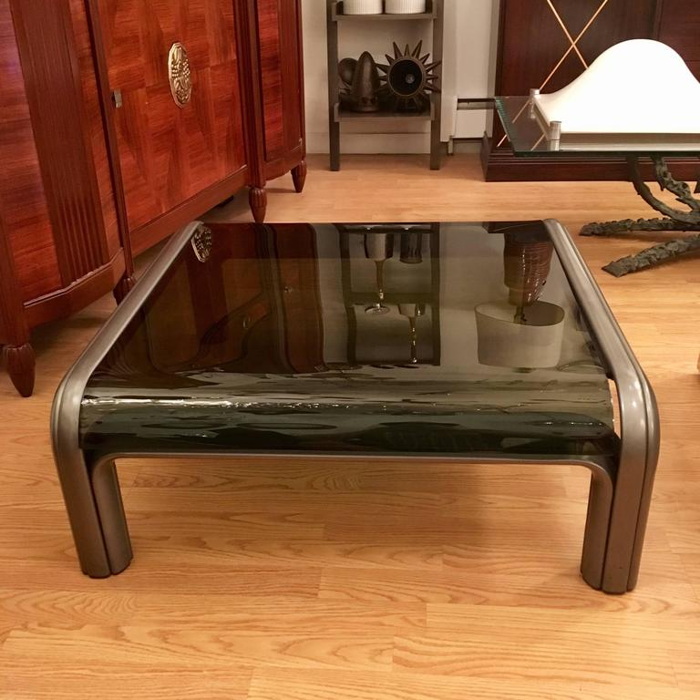 Mid-Century Modern Gae Aulenti Knoll Coffee Table For Sale