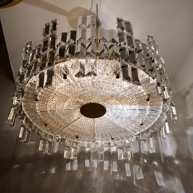 Orrefors Crystal 1950s Swedish Midcentury Chandelier In Excellent Condition For Sale In New York, NY