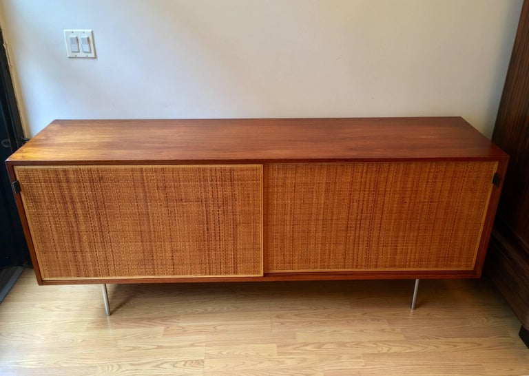 Mid-Century Modern Florence Knoll Grasscloth Walnut, 1950s Credenza Cabinet For Sale