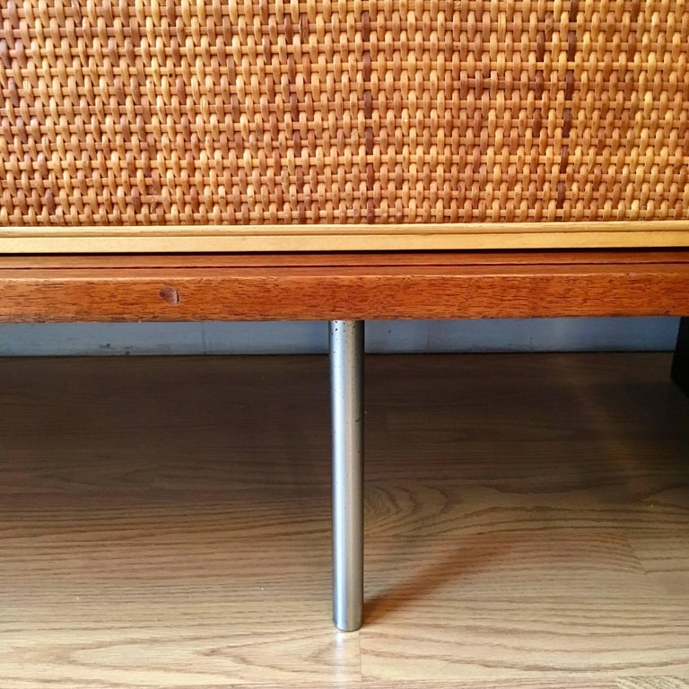 Mid-20th Century Florence Knoll Grasscloth Walnut, 1950s Credenza Cabinet For Sale