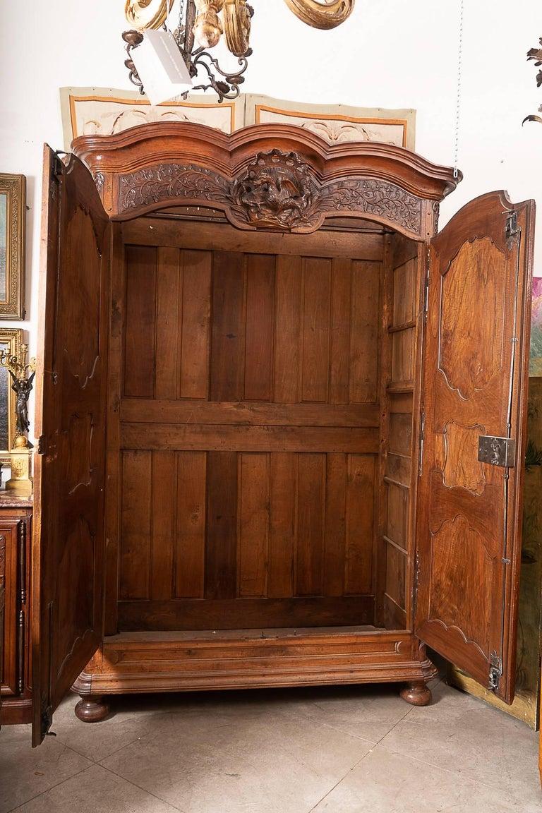 Beautiful Louis XIV Walnut Armoire For Sale 3
