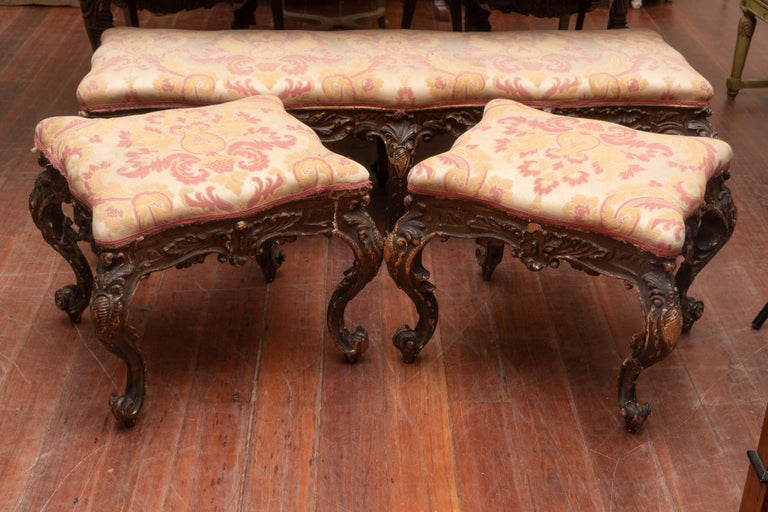 Pair of 18th Century Carved Italian Benches In Good Condition For Sale In New Orleans, LA