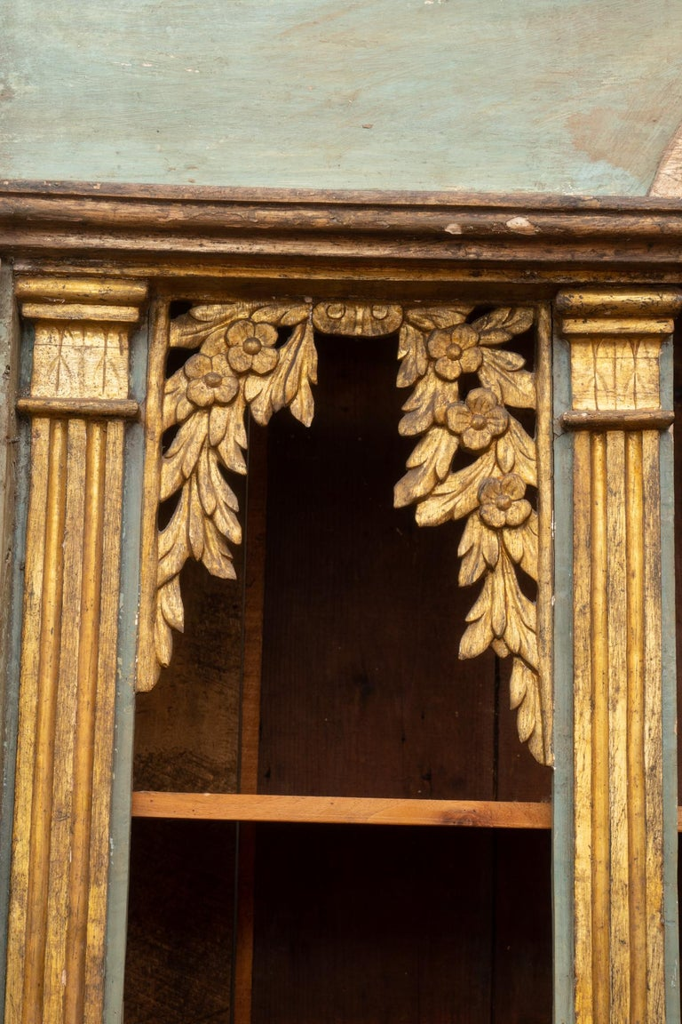 Fabulous 18th Century Italian Cabinet In Good Condition For Sale In New Orleans, LA